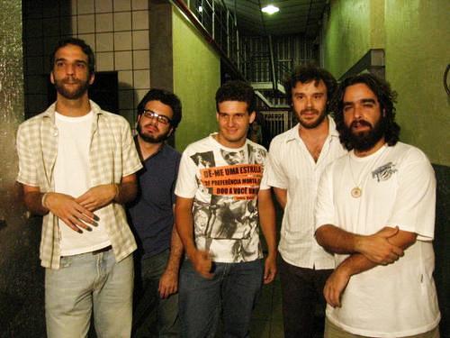 Na foto da esquerda para a direita: Marcelo Camelo, Bruno Medina, Eu (Tulio Martins) Rodrigo Amarante e Barba